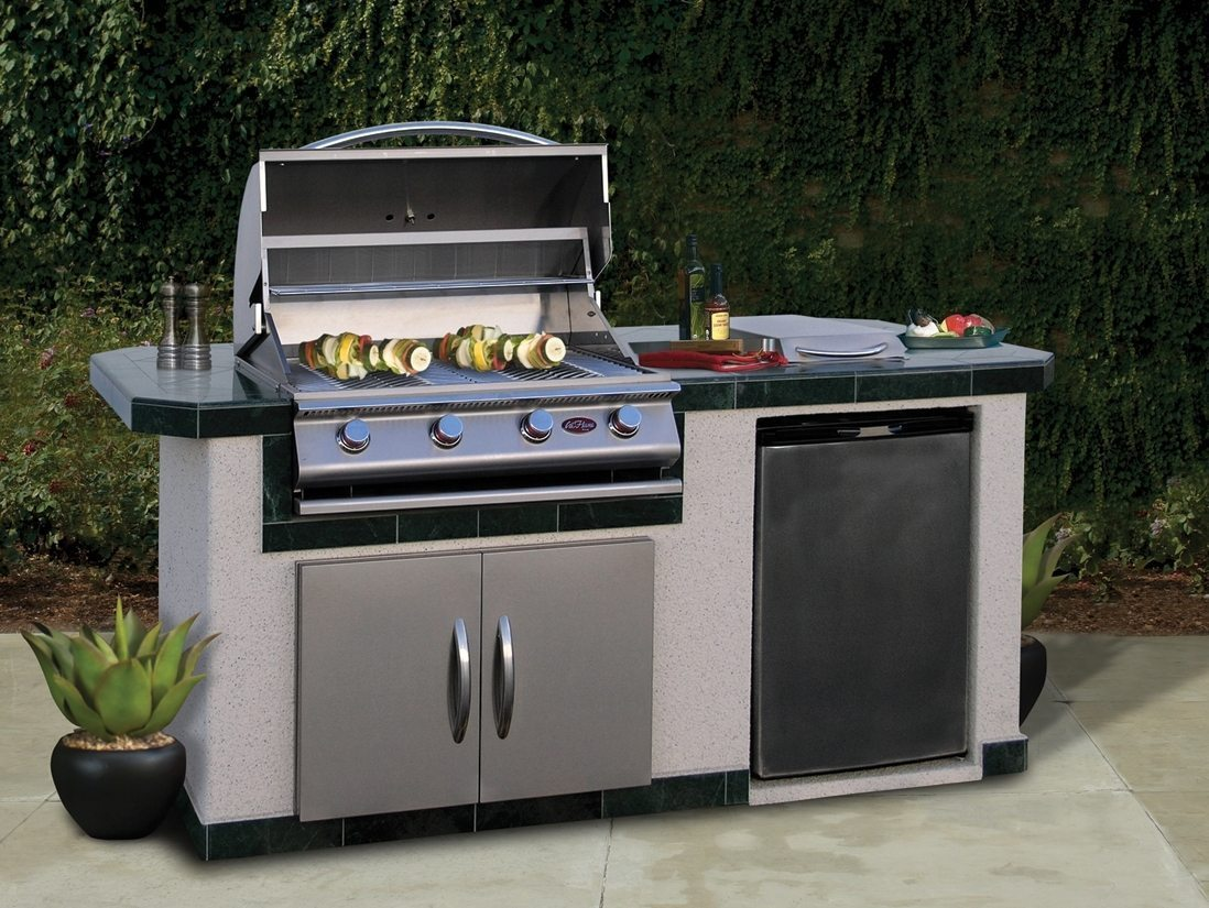 Outdoor kitchen kits outdoor kitchen island kits in 60 for Kitchen cabinets kits