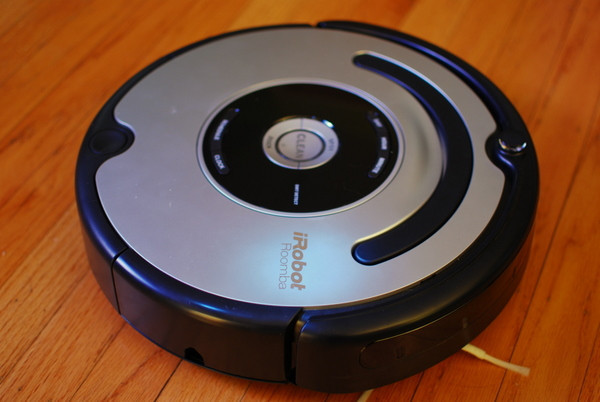 iRobot Roomba 560 // ieee.org