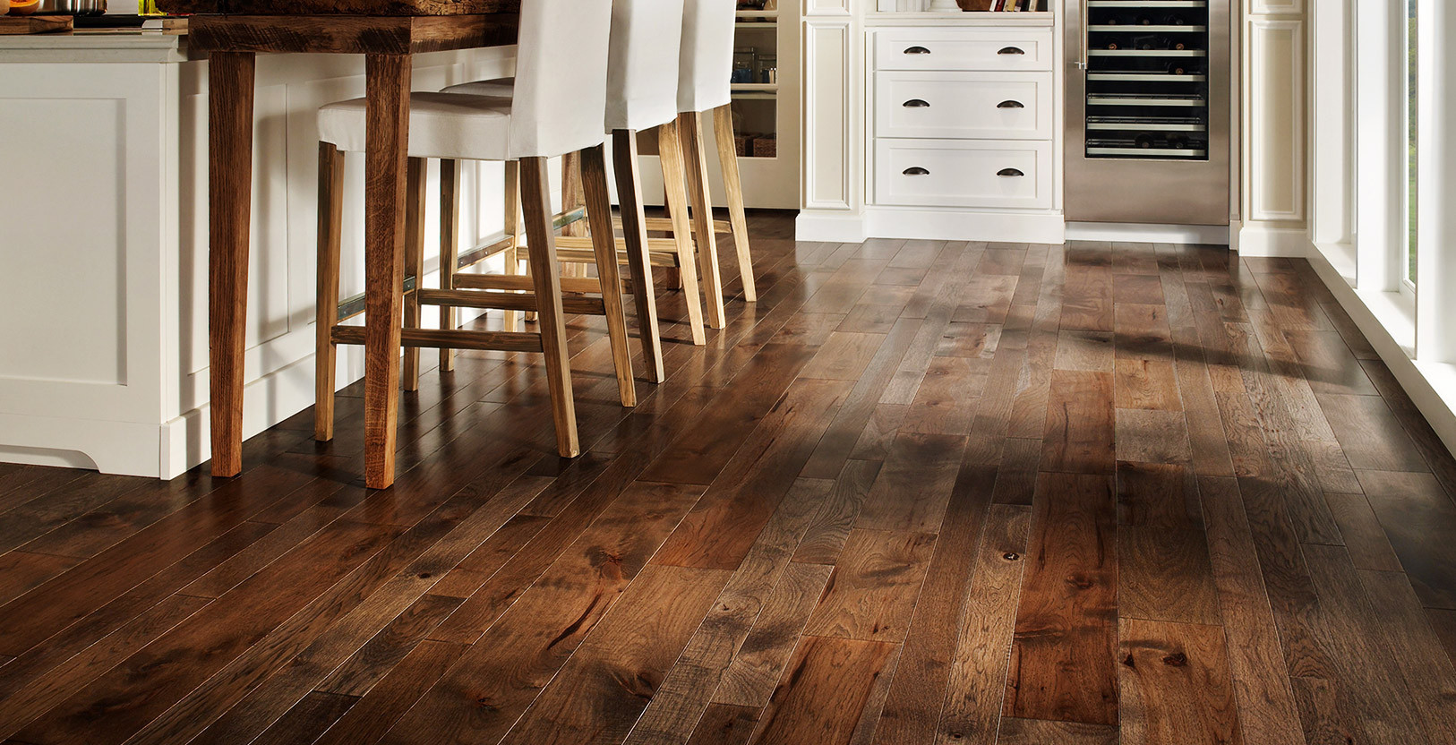 Bamboo flooring // homedit.com